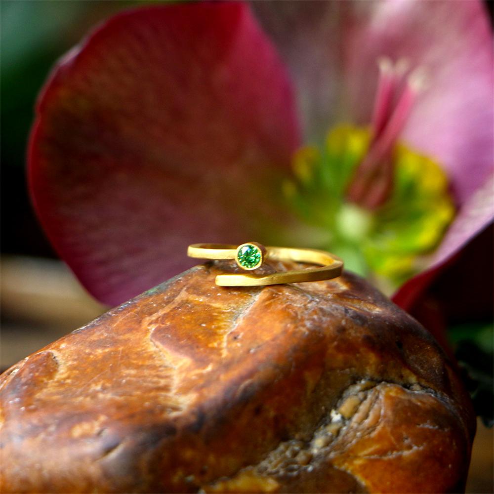טבעת ספירלה - טופז ירוק